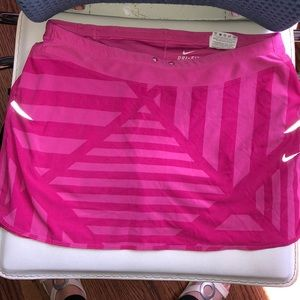 Pink Graphic pattern Nike Dri-fit skirt with short